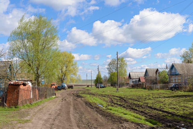 Wioski ulica w Rosyjskim odludziu fotografia stock