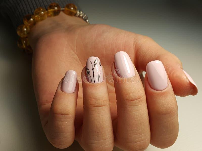 Wiosna manicure zdjęcie royalty free