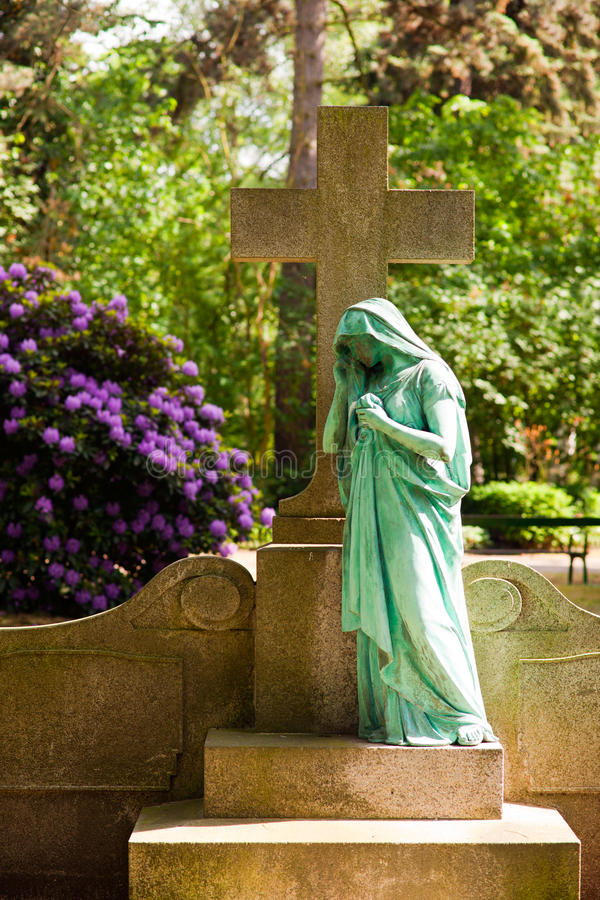 Wiosna na Południowym cmentarzu fotografia stock