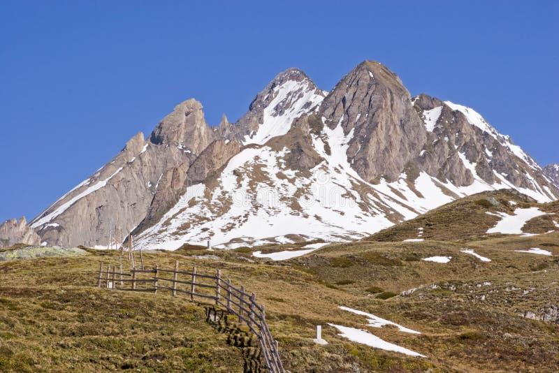 Wiosna w górach Południowy Tyrol zdjęcie stock