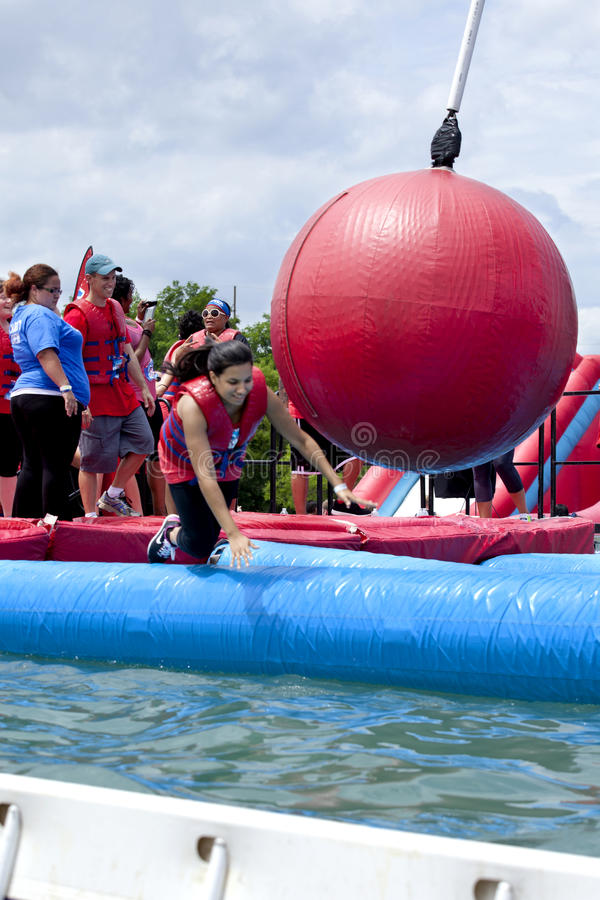 Free Wipeout 5K Run Obstacles Course - Wrecking Balls Stock Images - 55540914