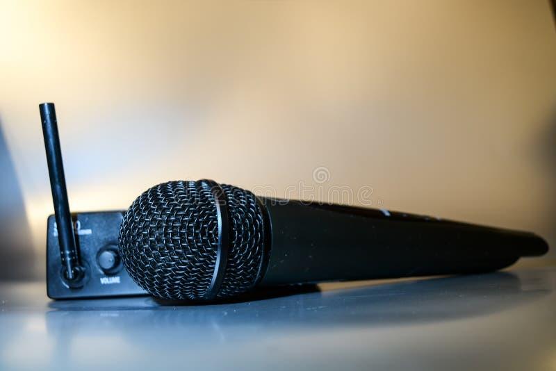 Wireles profesjonalisty mikrofon obraz stock