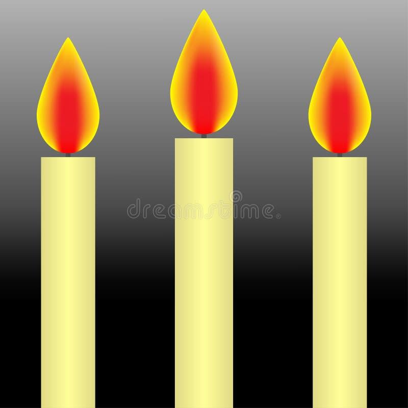 Wirkliche drei weiße Kerzen, brennend in der Dunkelheit stock abbildung