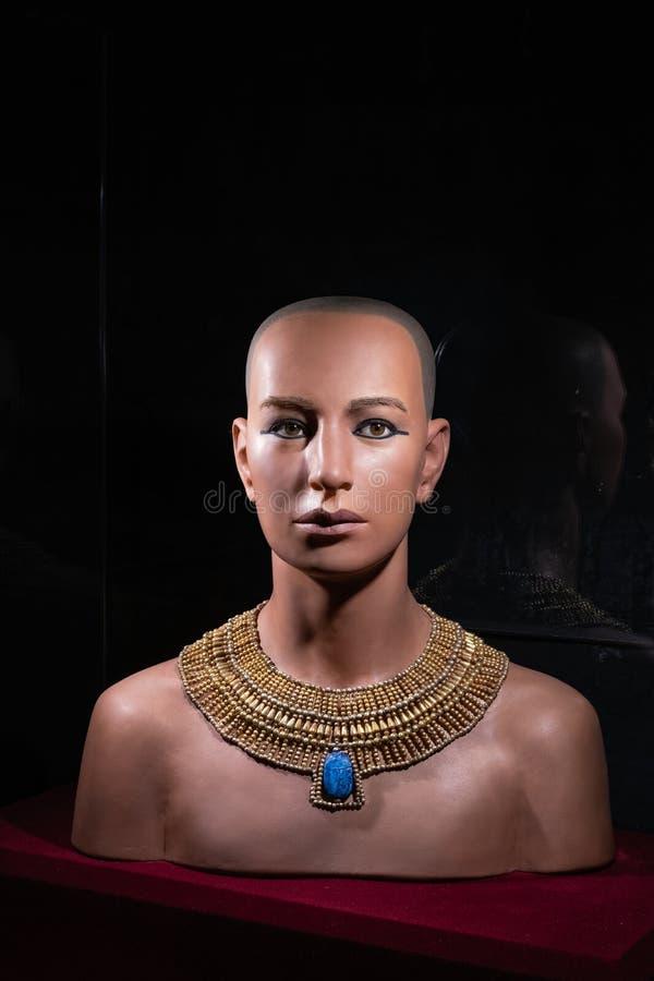 Wirkliches Gesicht des Pharaos Tutankhamen, ägyptische Statue lizenzfreie stockfotografie