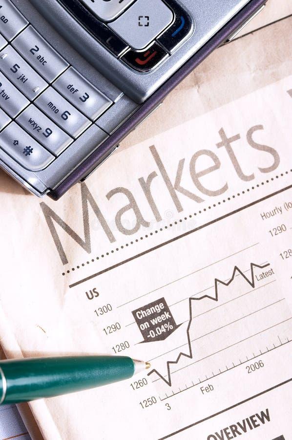 Wirtschaftszeitung lizenzfreie stockfotografie