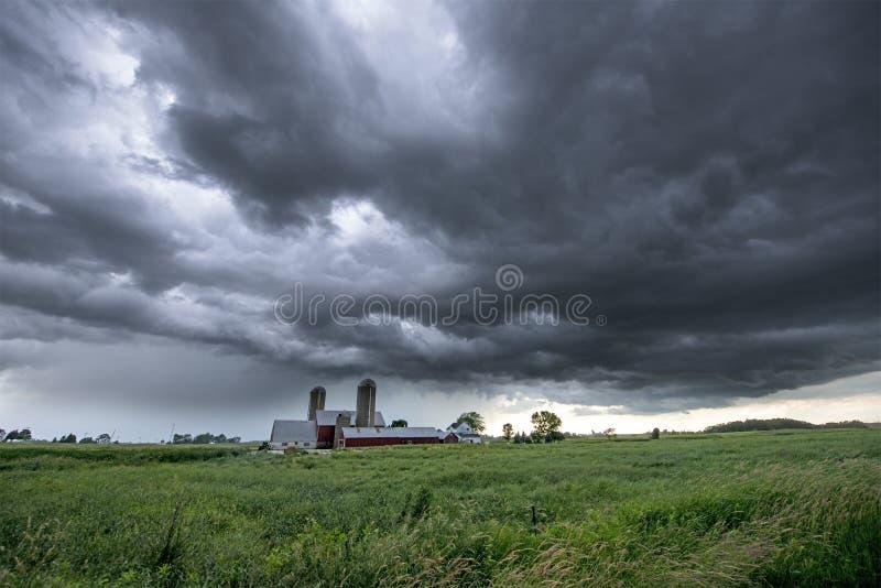 Wisconsin-Molkerei, Regen, Wolken, Sturm lizenzfreie stockfotos