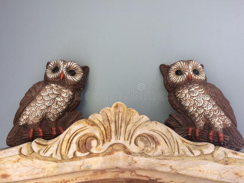 Images of wise owls decor