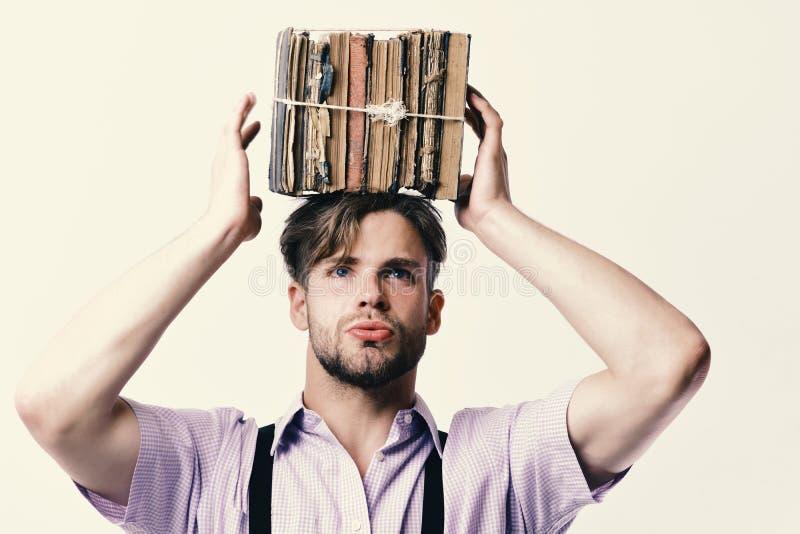 Wiseheadsyndroom en het harde werkconcept Mens of student met varkenshaar en bezig gezicht royalty-vrije stock afbeeldingen