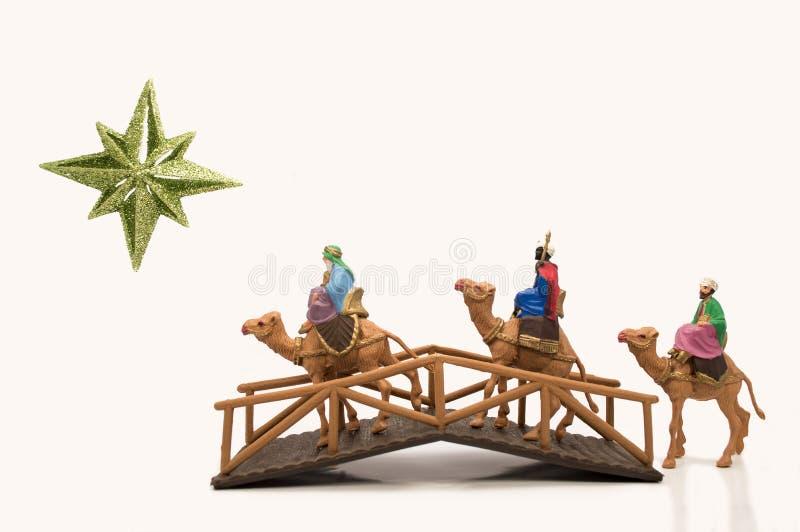 3 wisemen пересекая мост иллюстрация штока