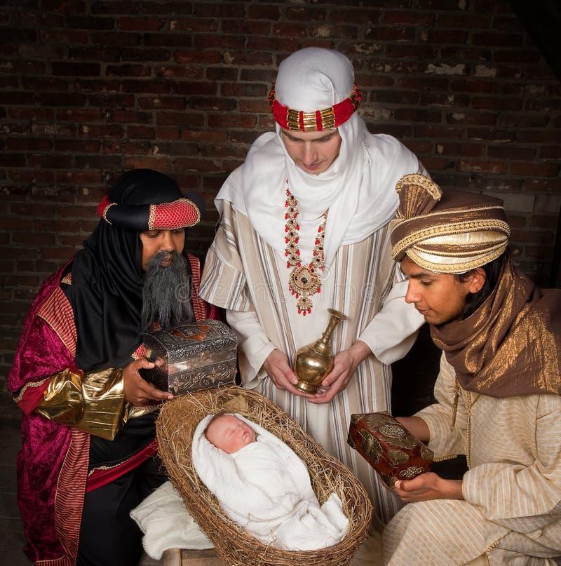 Wisemen, das Jesus besucht stockbilder