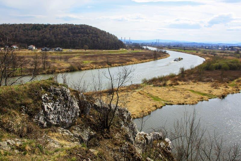 Wisla (Vistula) rivier dichtbij aan Krakau, Polen royalty-vrije stock foto's