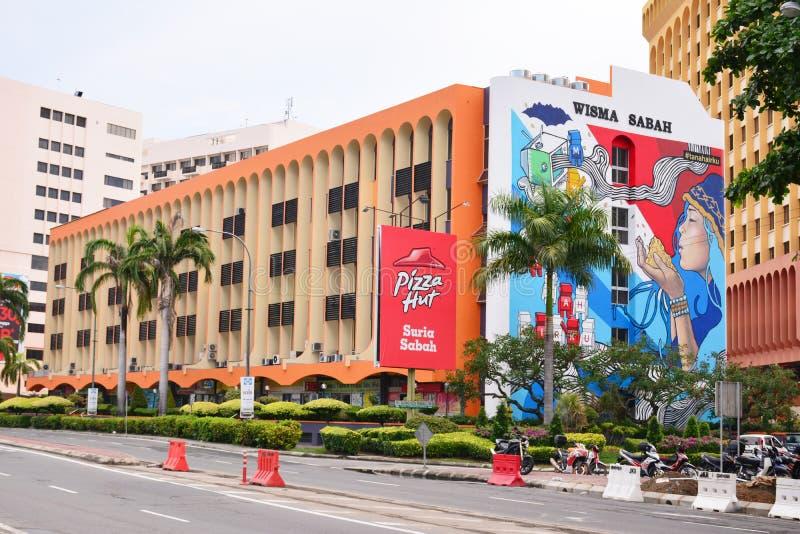 Wisma Sabah Facade i Kota Kinabalu, Malaysia arkivbilder