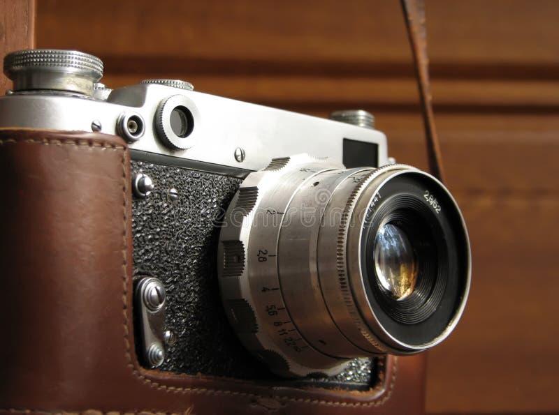 Wisząca stara fotografii kamera w górę zdjęcia stock