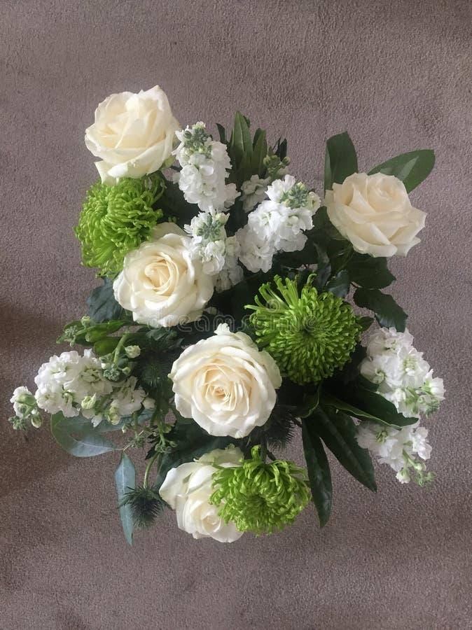 Wit bloemboeket stock fotografie