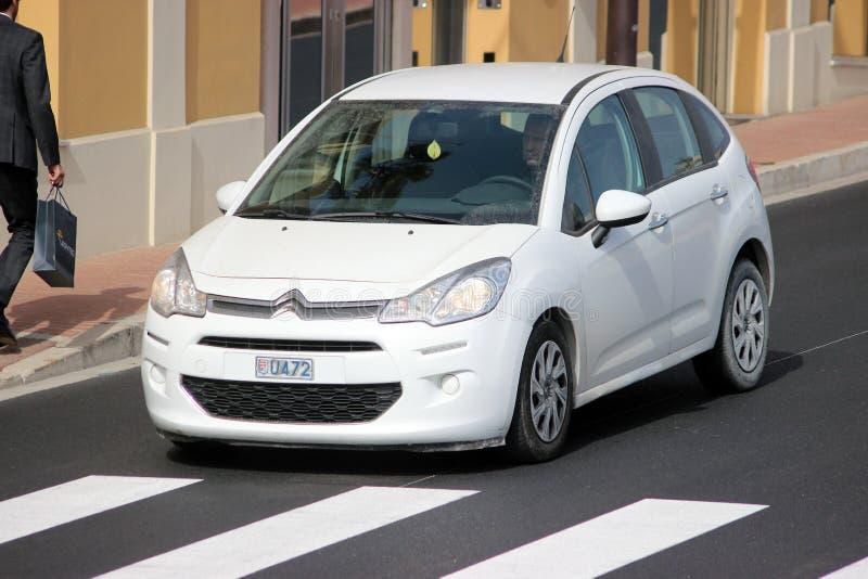 Wit Citroën C3 in Monte Carlo, Monaco royalty-vrije stock afbeeldingen