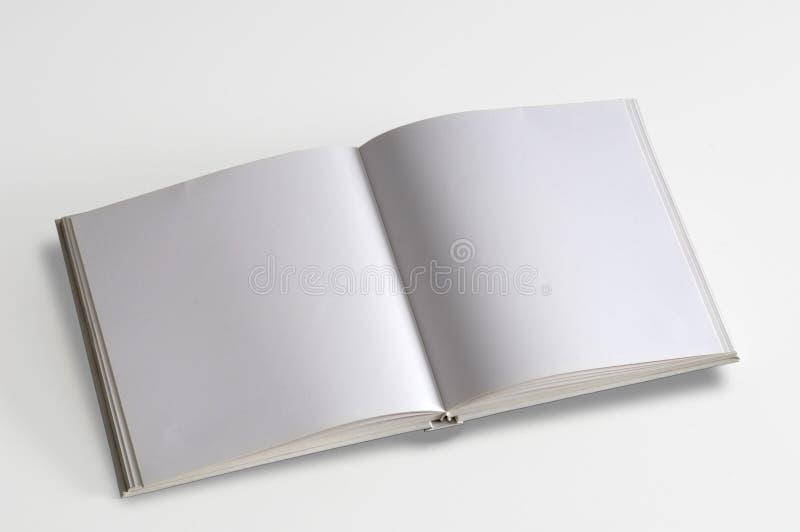 Wit geïsoleerdi pagina'sboek royalty-vrije stock afbeelding
