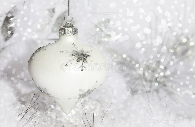 Wit Kerstmisornament royalty-vrije stock foto's