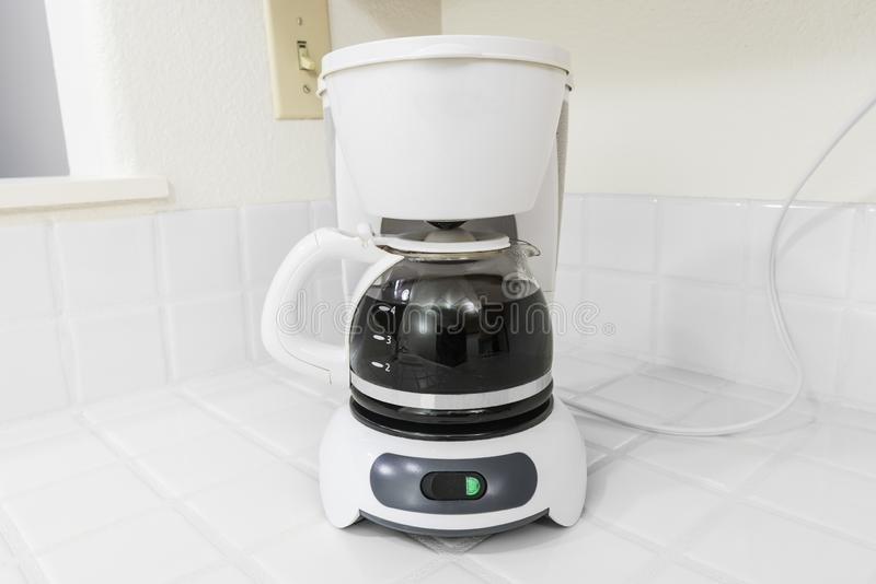 Wit koffiezetapparaat stock fotografie