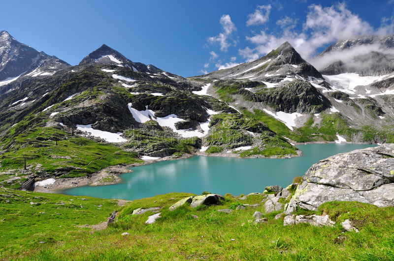 Wit Meer in Nationaal park Hohe Tauern stock foto's