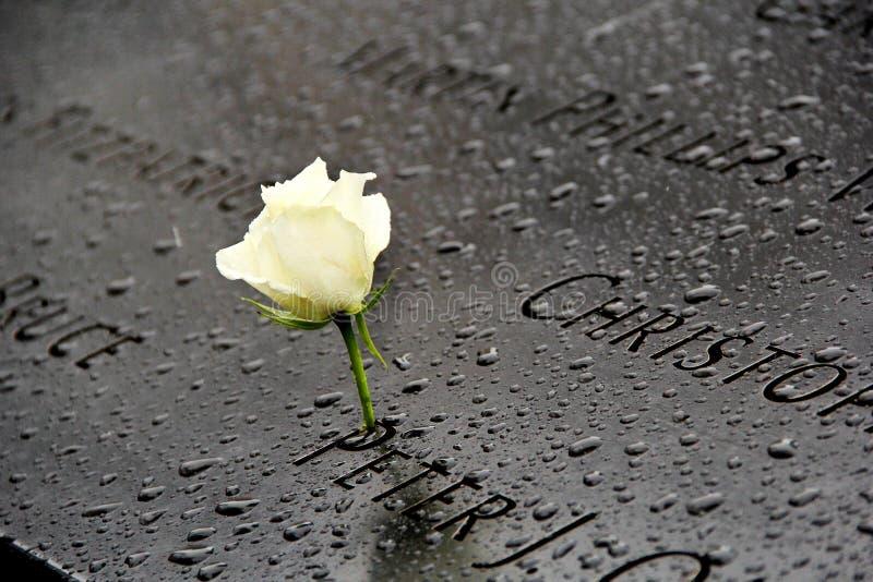 Wit nam gedenkteken bij 911 World Trade Center vroegere plaats toe stock foto's