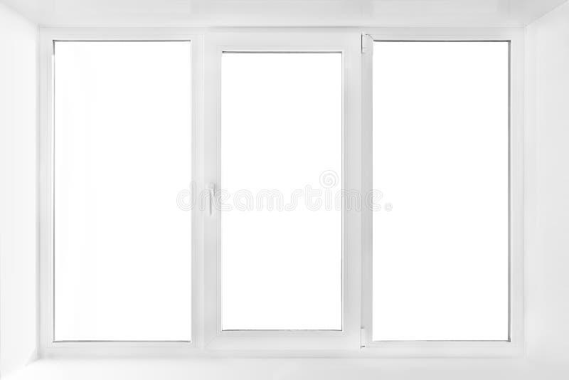 Wit plastic drievoudig die deurvenster op witte achtergrond wordt geïsoleerd royalty-vrije stock afbeeldingen