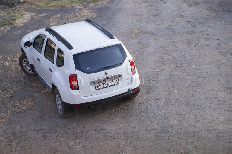 Wit Renault Duster stock foto's