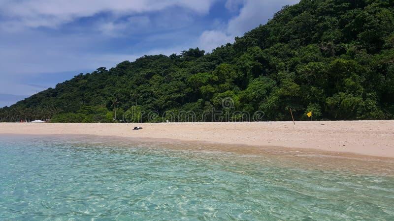 Wit strand bij Boracay-Eiland, Filippijnen op een zonnige middag stock afbeeldingen
