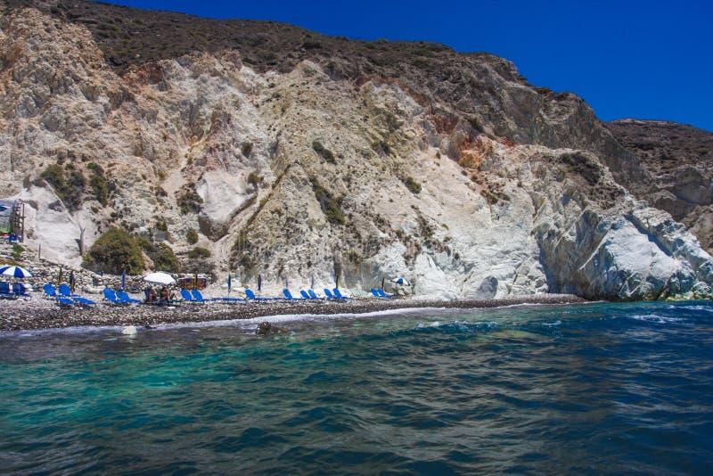 Wit Strand Santorini stock foto's
