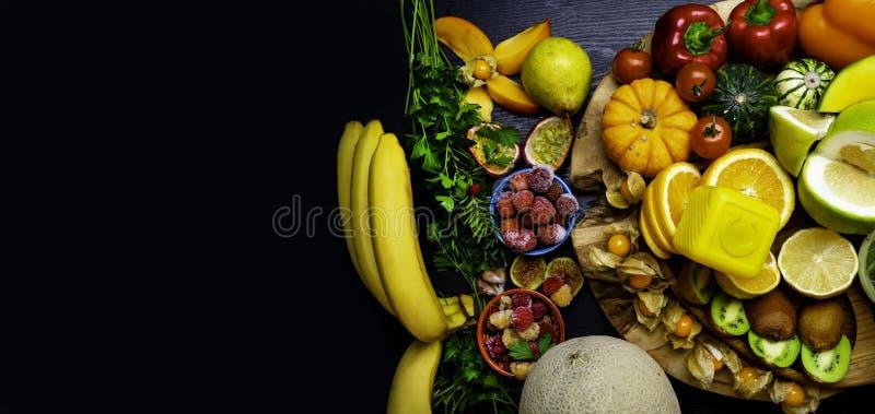 Witamina C w owoc i warzywo Naturalni produkty bogaci w witaminie C zdjęcia royalty free