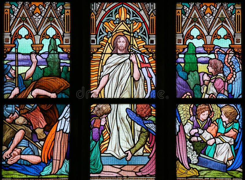 Witraż - Jezusowy wydźwignięcie od grób fotografia stock