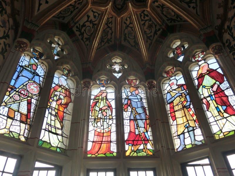 Witraży okno przy Cardiff kasztelem zdjęcia royalty free