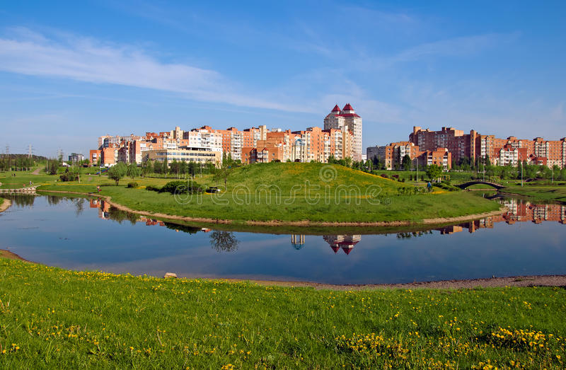 Witrussisch Minsk een nieuw micro-district Uruchie royalty-vrije stock afbeelding