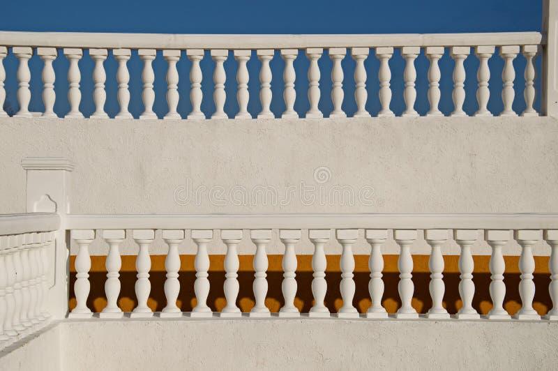 Witte balustrade royalty-vrije stock afbeelding