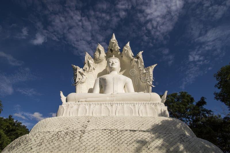 Witte Bhuddha stock afbeeldingen