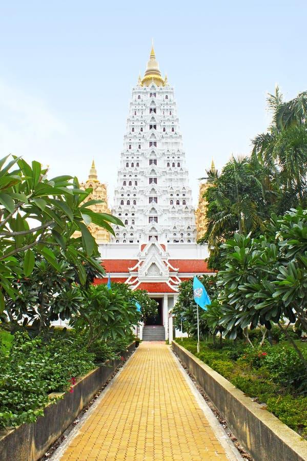 Witte buddhagayapagode, Thailand royalty-vrije stock afbeelding