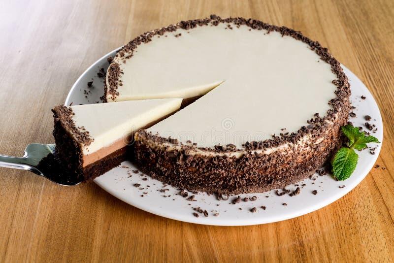 Witte chocoladecake stock foto