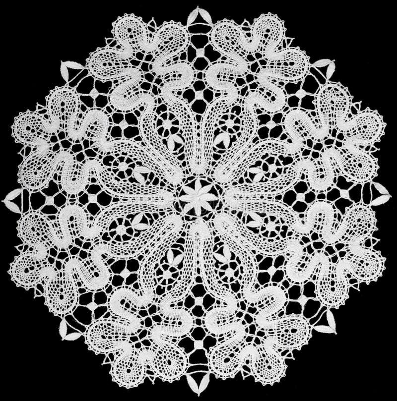Witte doily met kant stock afbeeldingen