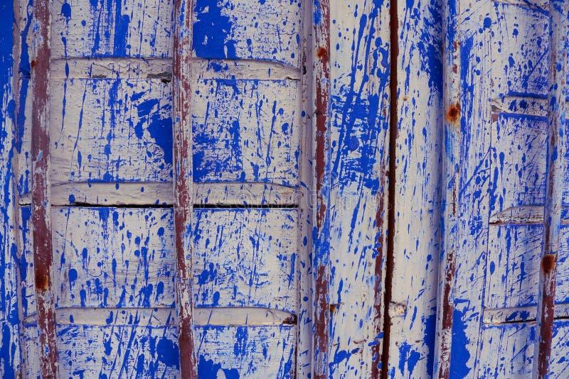 Witte en blauwe deur stock afbeeldingen