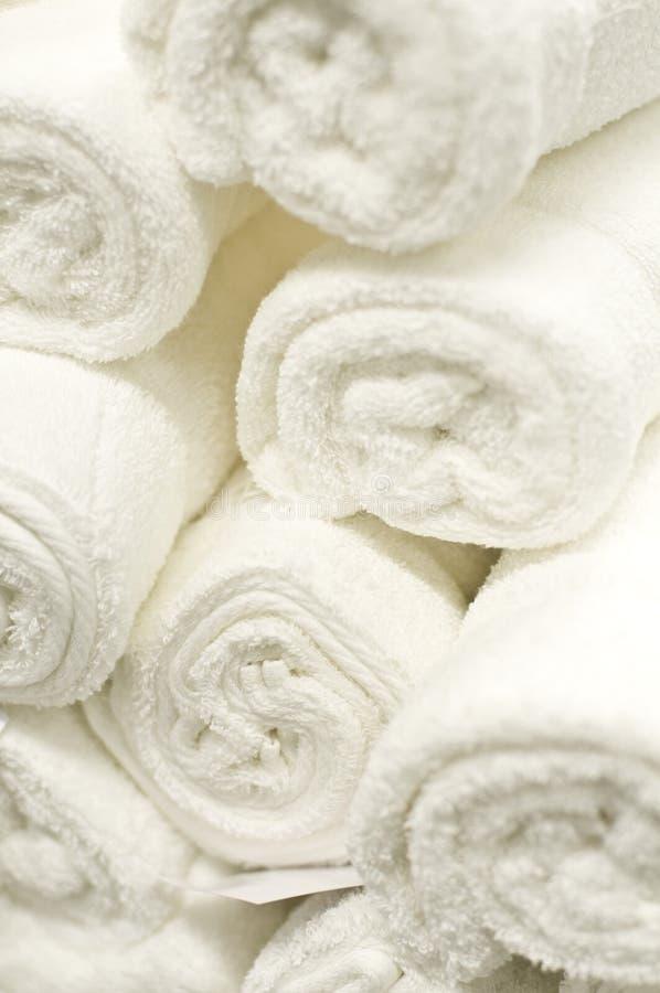 Witte handdoeken stock foto