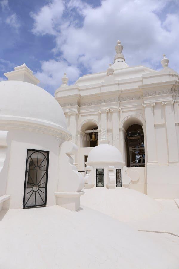 Witte Kathedraal in Leon, Nicaragua royalty-vrije stock afbeeldingen