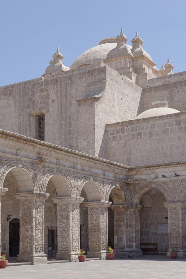 Witte kerk Peru stock afbeeldingen