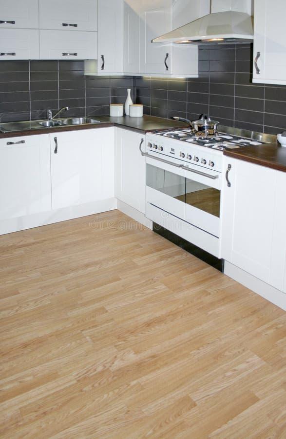 Witte keuken stock afbeelding