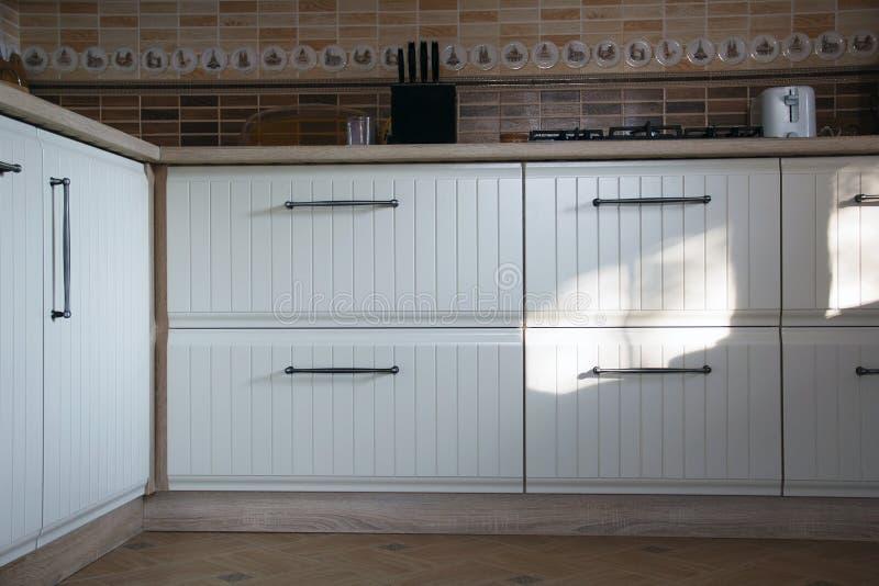 Witte keuken stock afbeeldingen
