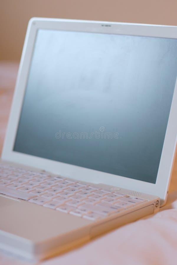 Witte laptop2 stock afbeeldingen