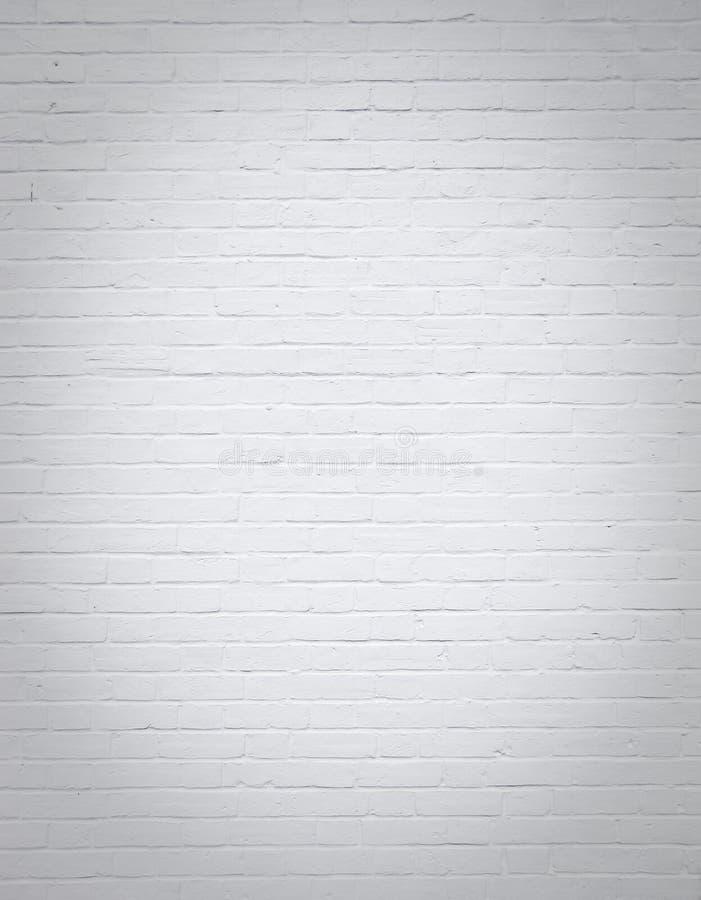 Witte lege bakstenen muur verticale achtergrond royalty-vrije stock afbeelding