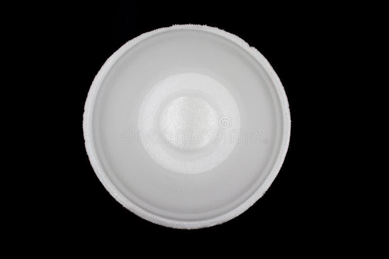 Witte Lege Schuimkop, polystyreen, schuimkom die op zwarte achtergrond wordt geïsoleerd stock foto