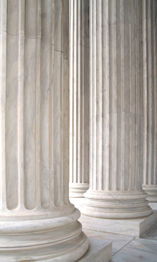 Witte Marmeren Kolommen royalty-vrije stock afbeelding