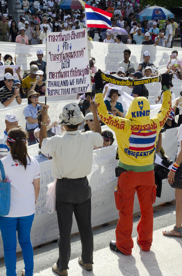 Witte Maskerbeweging Thailand Redactionele Stock Afbeelding