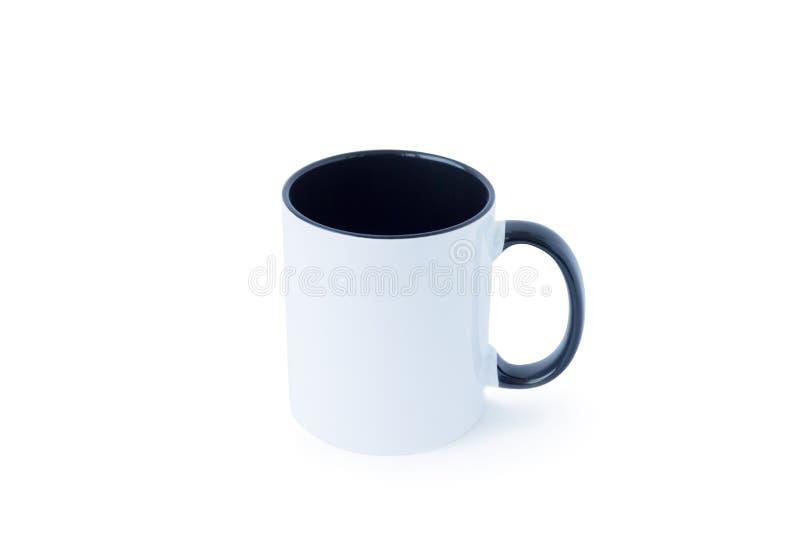 Download Witte Mok Met Een Zwart Handvat Op Een Witte Achtergrond Stock Afbeelding - Afbeelding bestaande uit voorzijde, voorwerp: 114228377