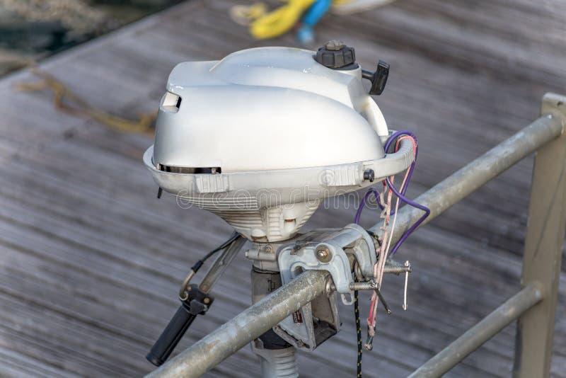 Witte motor van motorboot stock fotografie